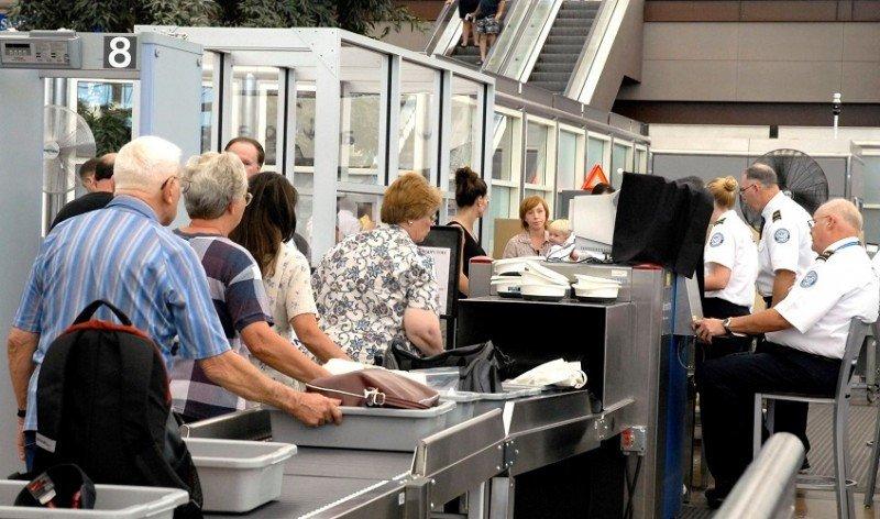 Europa y EEUU se reúnen por computadoras en vuelos