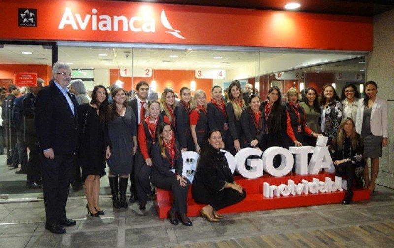 El equipo de Avianca celebró la apertura de la nueva ruta.