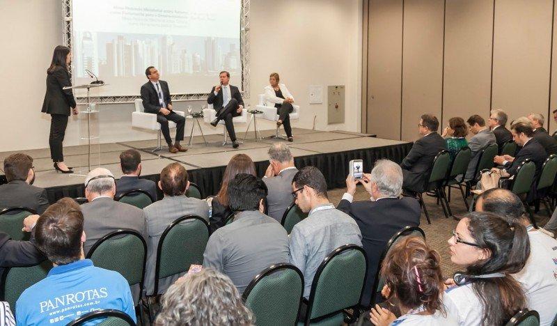 En Buenos Aires los ministros de turismo de la región. procurarán avanzar en proyectos en conjunto.