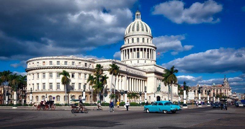 Expedia ingresa al mercado cubano