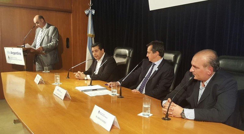 La presentación estuvo presidida por el Secretario de Turismo de la Nación, Alejandro Lastra; el titular de la Comisión Argentina de Turismo Religioso, Hernán Gómez y el titular del Comité organizador Gustavo Loza.