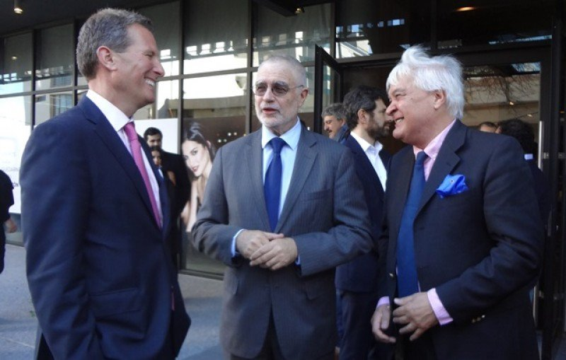 Ballotti, junto a Benjamín Liberoff y el arquitecto Carlos Ott. Foto: Javier Lyonnet