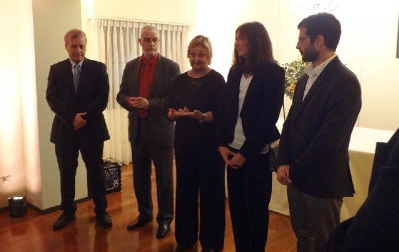 La ministra Kechichian y el equipo del Ministerio de Turismo anunciaron las cifras del primer cuatrimestre. Foto: Javier Lyonnet.
