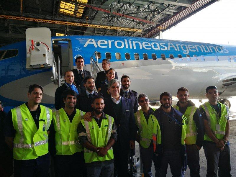 Aerolíneas Argentinas dice que no cerrará rutas por la presencia de low cost