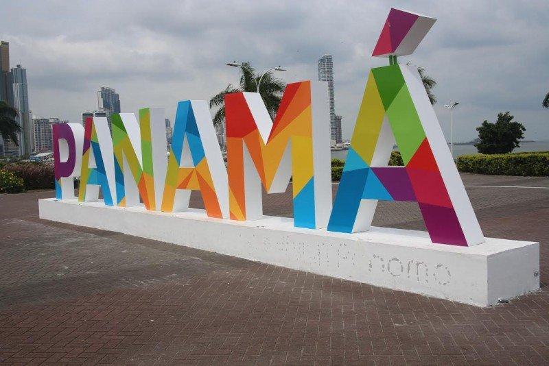 Panamá reduce a 90 días estadía turística de sus principales emisores