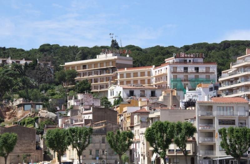 La Generalitat de Cataluña subasta dos hoteles en Girona por 2,4 M €