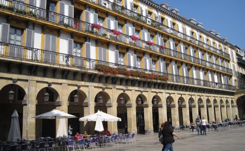 Guipúzcoa: los pisos ilegales generan rechazo ciudadano al turismo