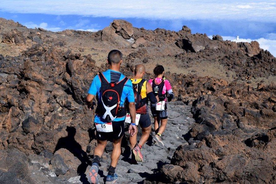 La isla cuenta con 1.500 kilómetros para practicar senderismo.