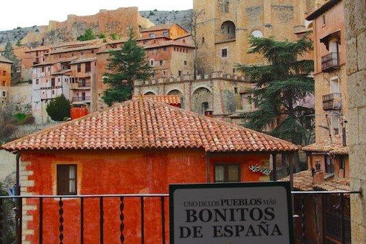 La Federación de los Pueblos más Bonitos del Mundo se reúne es España