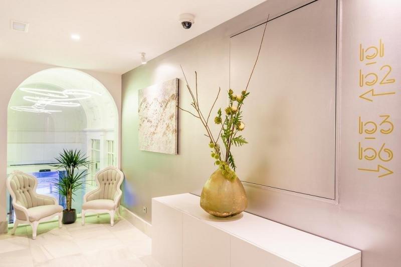 La obra de Pamela Walt Chauve está presente en las habitaciones y zonas comunes del hotel.