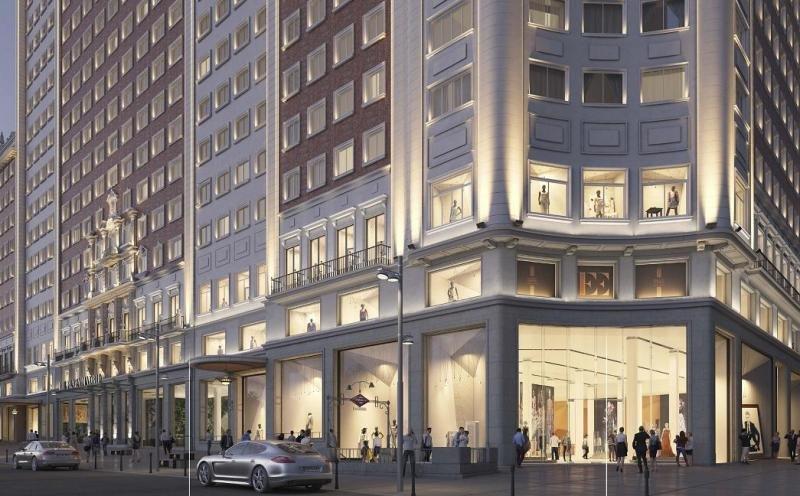 Las tres primeras plantas estarán ocupadas por un centro comercial de 15.000 metros cuadrados de superficie. Imagen: Riu Hotels