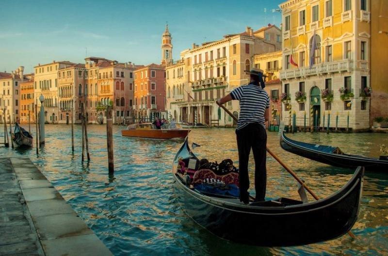 Venecia prohibirá la apertura de nuevos hoteles en el centro