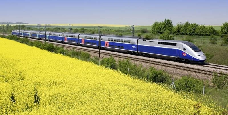 Trenes duplex de TGV, la alta velocidad francesa, de la operadora SNFC.