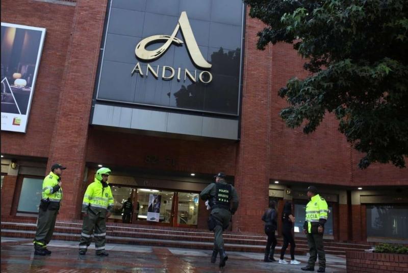 Atentado con bomba en un centro comercial de Bogotá