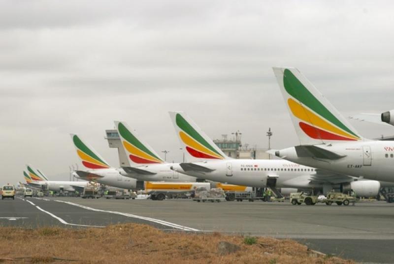 Ethiopian Airlines renueva su flota en el Paris Air Show