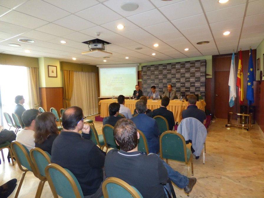 Una de las mesas de debate en el marco de Jornada Novo Turismo Activo en Galicia, que se celebró en el Balneario de Laias, en Cenlle (Ourense).