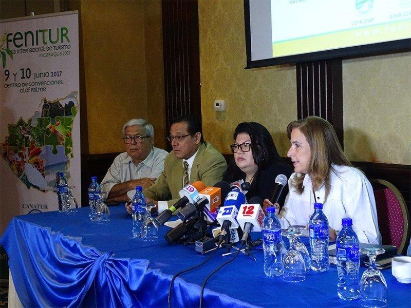 Dirigentes del sector turístico de Nicaragua en la presentación de la feria 2017. Foto: Asociación de Hoteles de Nicaragua.