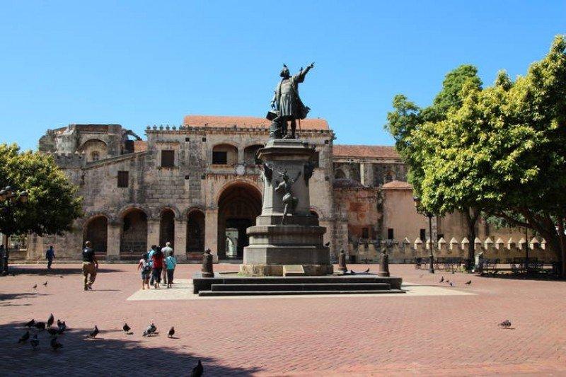 Parque Colón, en el centro de la ciudad de Santo Domingo.