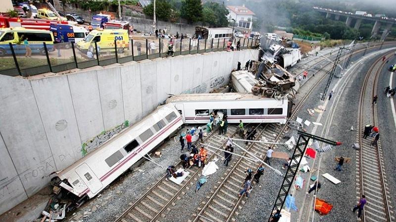 La CE pide reabrir la investigación del accidente de tren de Santiago