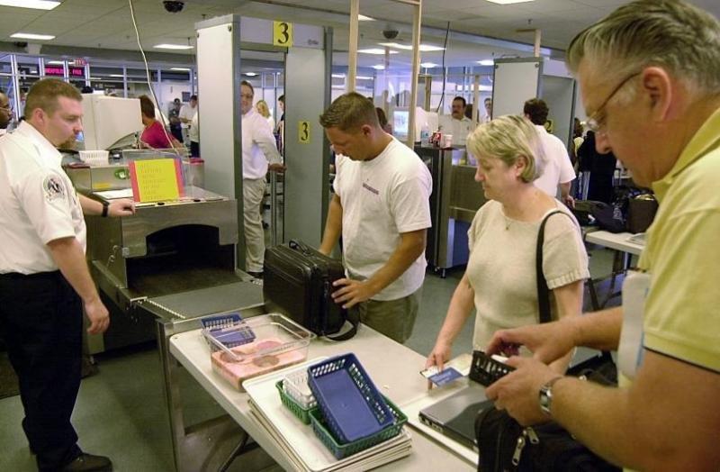 Los pasajeros que vuelen a EEUU deberían confirmar sus tiempos de embarque