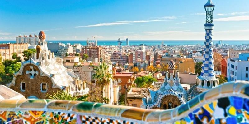 Barcelona notificará a Airbnb los pisos turísticos a retirar de su web