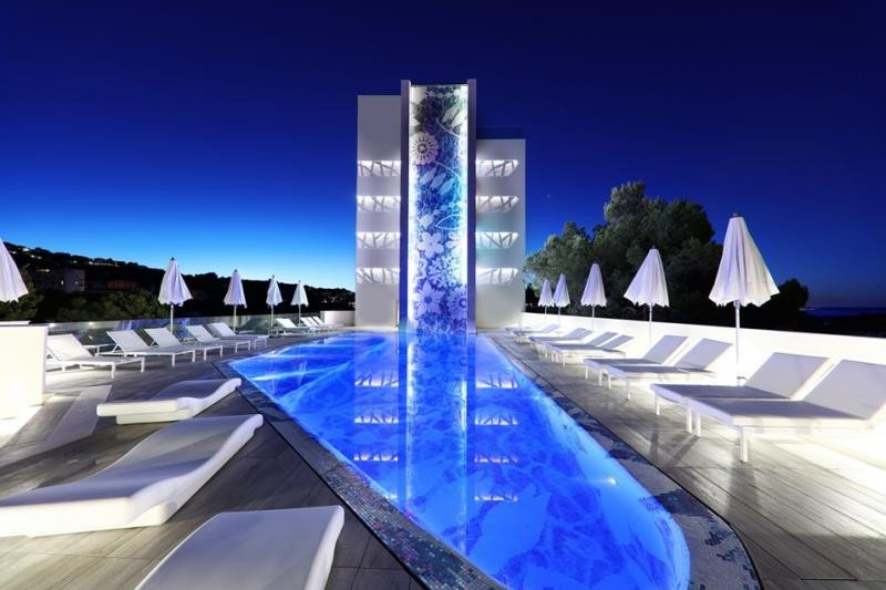 El Iberostar Grand Hotel Portals Nous es el primer proyecto hotelero de Marcel Wanders en España.