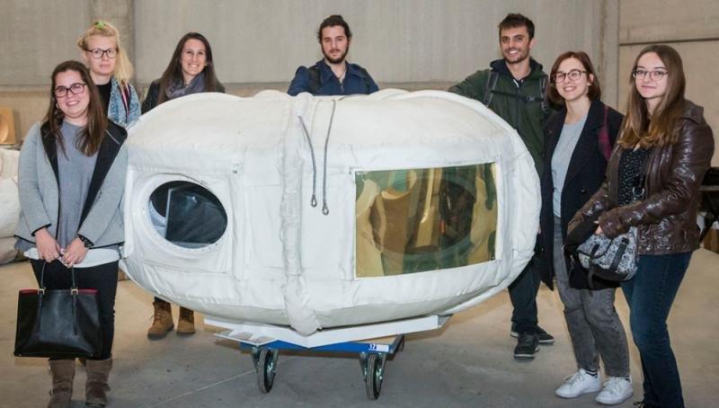 Diseñan en Barcelona el interior de la primera nave para turismo espacial