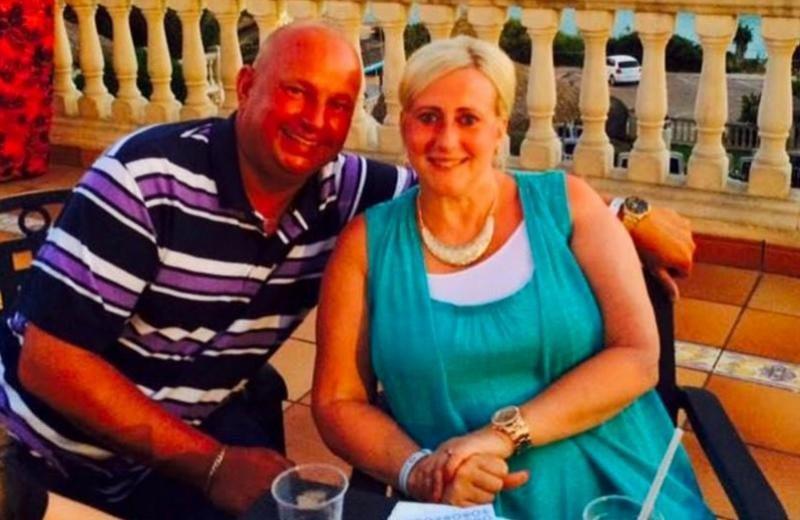 Deborah Briton y Paul Roberts se enfrentan hasta a seis años de cárcel por una reclamación falsa. Foto: Facebook