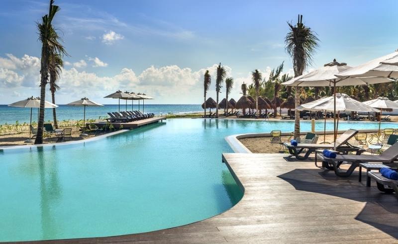 H10 Hotels le compra a Transat su 35% en Ocean por 130 M €