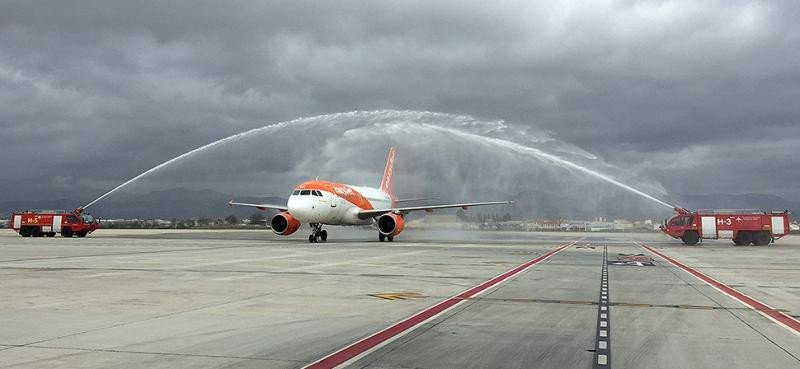 Granada estrena su tercera ruta internacional