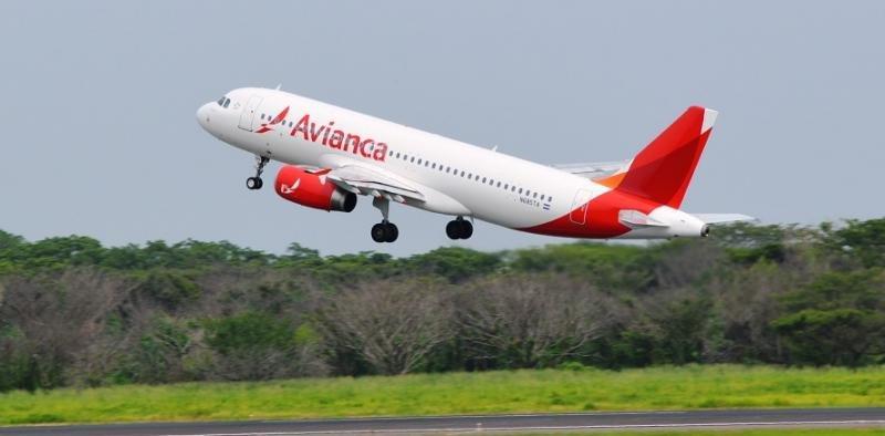 Avianca cesa sus operaciones con Venezuela en agosto, después de 60 años