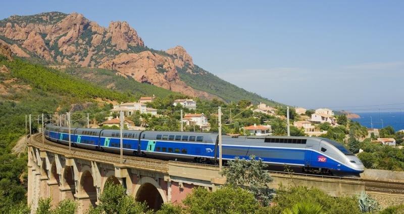 El AVE Barcelona-París incrementa un 13% los pasajeros en 2017
