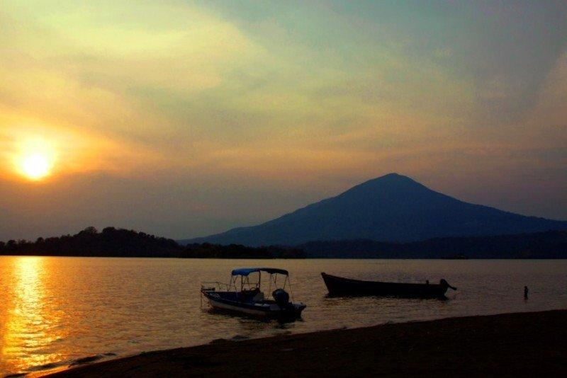 Atardecer en Isla Zapatera, Granada. Foto: Visita Nicaragua.