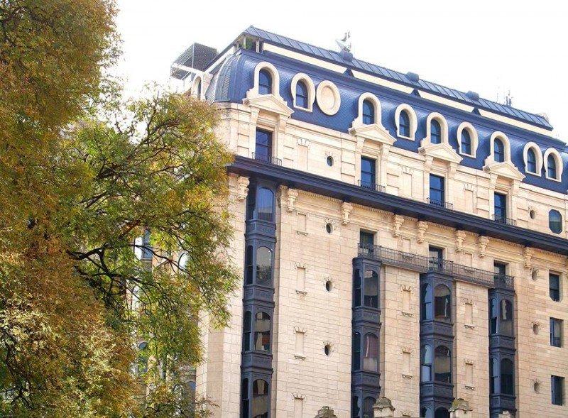 Hotel Plaza Buenos Aires sumará residencias y escritorios privados