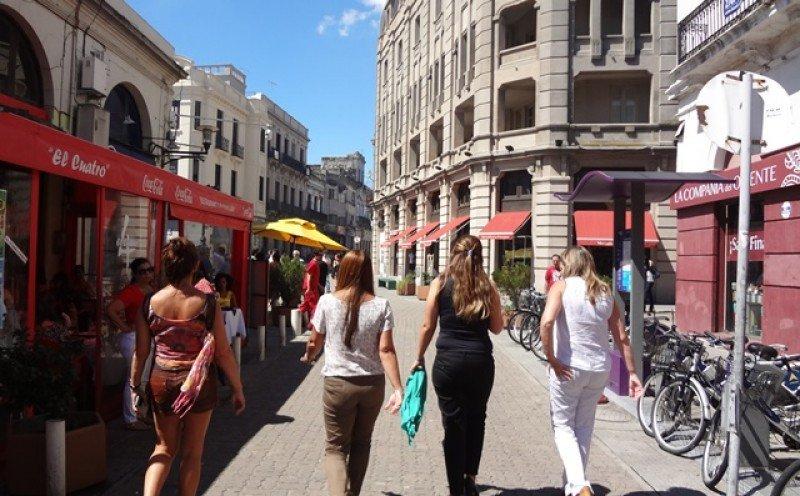 En Montevideo el promedio de gasto es de US$ 101 por día, en Punta del Este casi el doble y en las termas casi la mitad. Foto: J. Lyonnet
