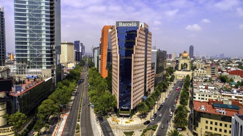 Barceló inaugura su primer hotel en Ciudad de México