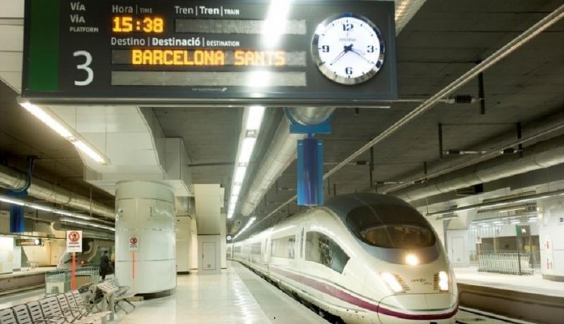 El AVE desplaza al avión entre Madrid y Barcelona, con el 65% del mercado