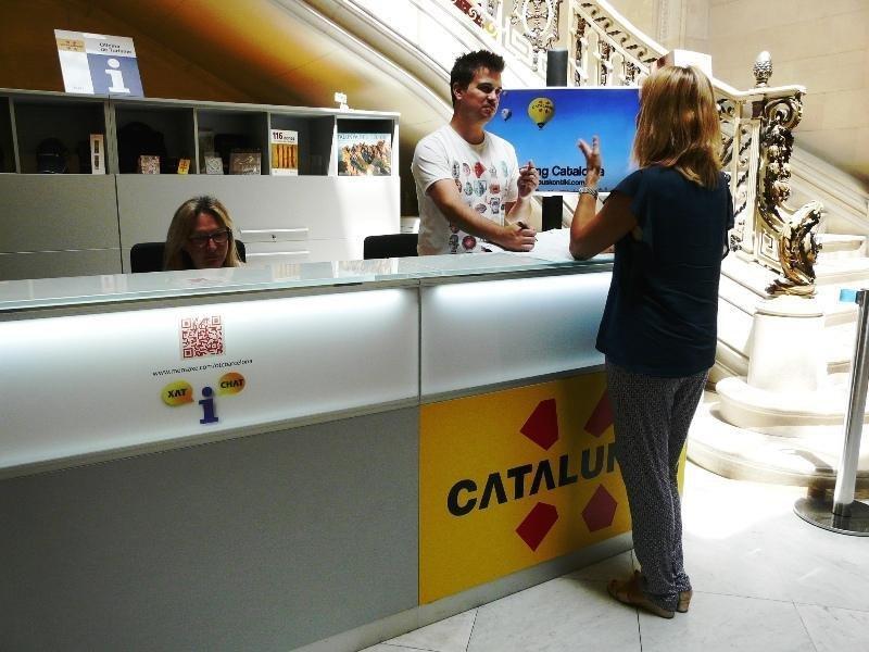 Oficina de Turismo situada en el Palau Robert, Barcelona, desde la cual se gestiona el nuevo servicio.