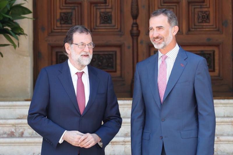 Rajoy en el encuentro que ha mantenido este lunes con el Rey Felipe VI en Marivent.