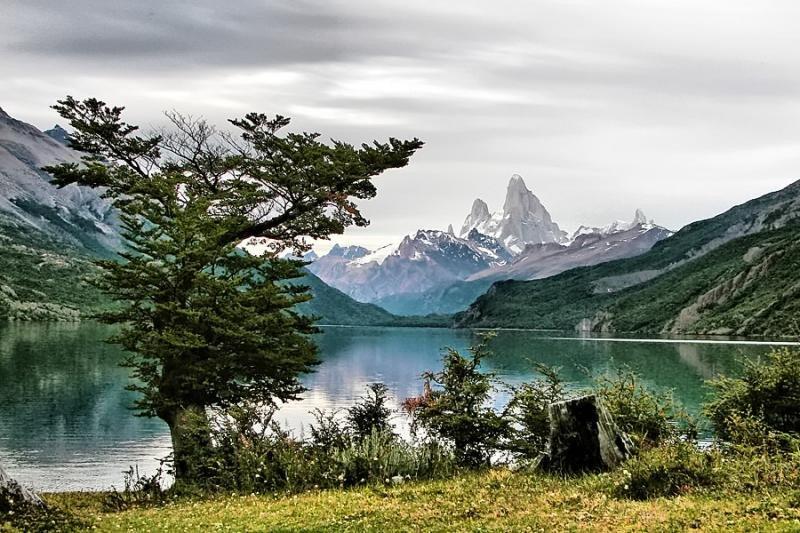 Lago del Desierto en la provincia de Santa Cruz. Foto Wikimedia. Autor: Adolfo Arman.