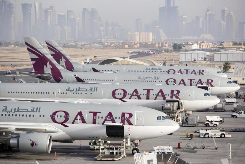 Aviones de Qatar Airways en su aeropuerto hub de Doha