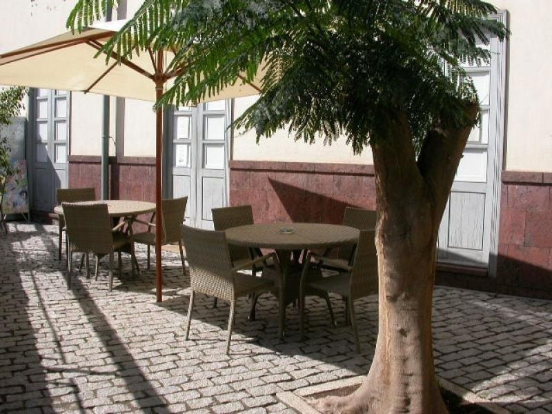 El hotel Triana en La Gomera sale a subasta por 423.000 €