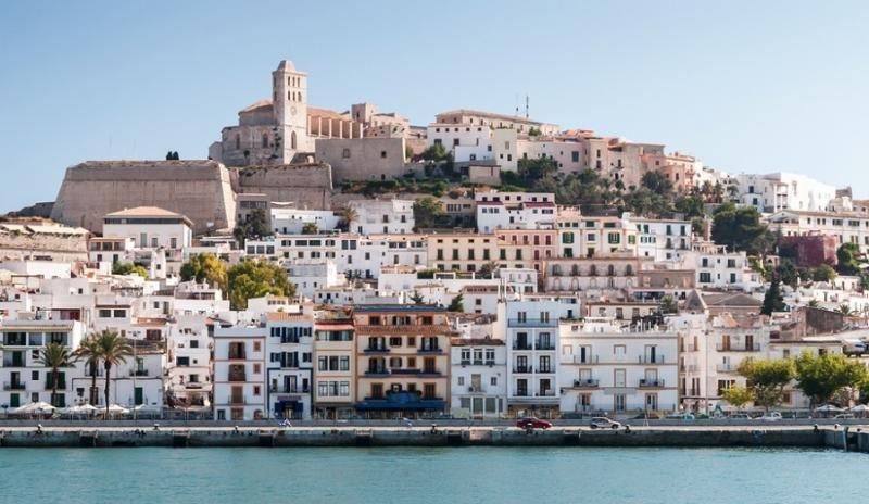 Ibiza abre diligencias por el alquiler de un piso protegido en Airbnb