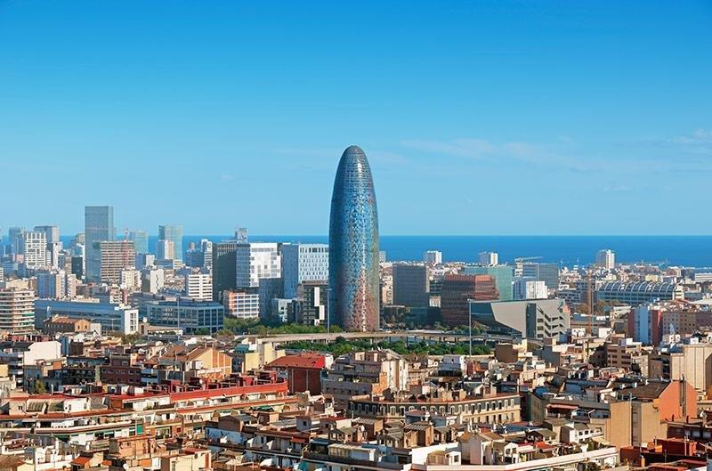 Las pernoctaciones hoteleras crecieron un 1,6% en julio con Barcelona a la cabeza