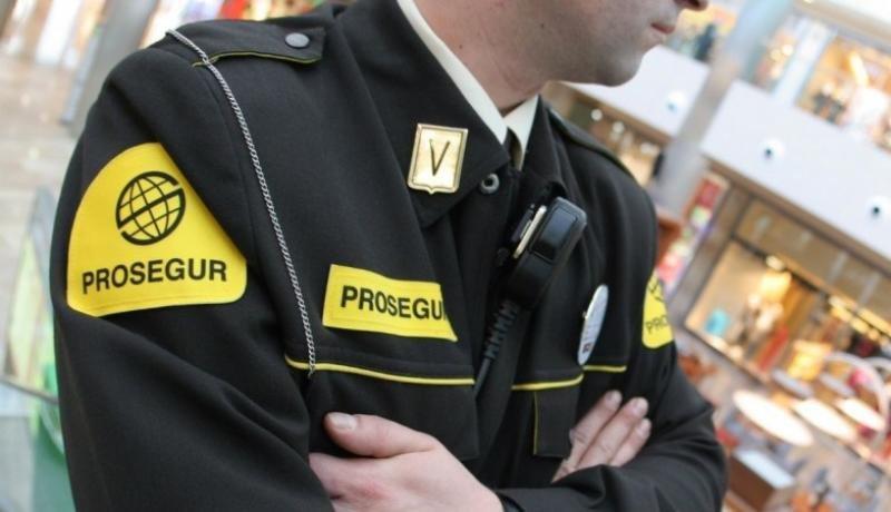 Prosegur presta servicio en el Aeropuerto de Santiago. Foto: Empleocv.