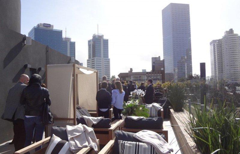 El hotel está en la zona del World Trade Center y a pocos metros de la rambla. Fotos: J. Lyonnet