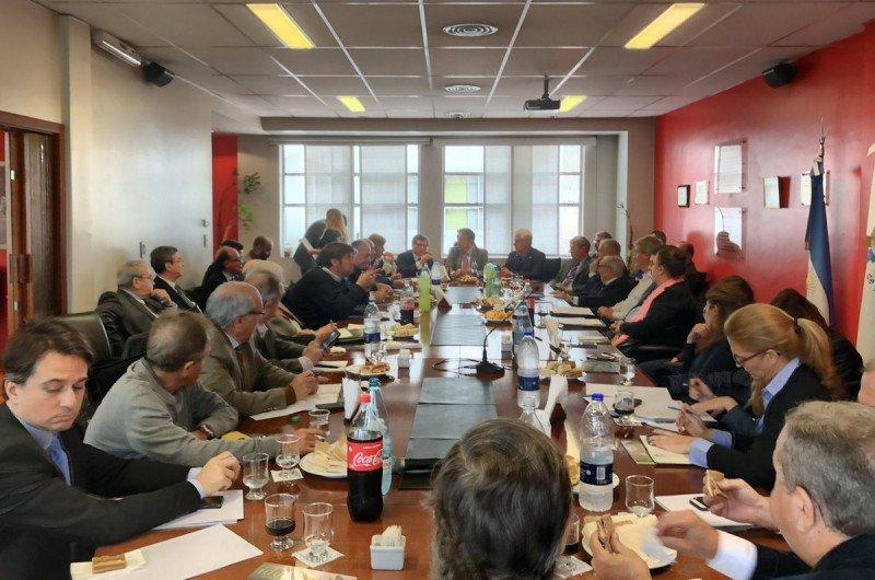 Cámara Argentina de Turismo sin renovación hasta octubre