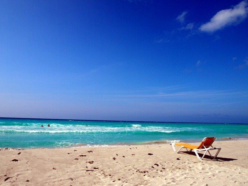 Varadero recibió un millón de metros cúbicos de arena en cuatro años.