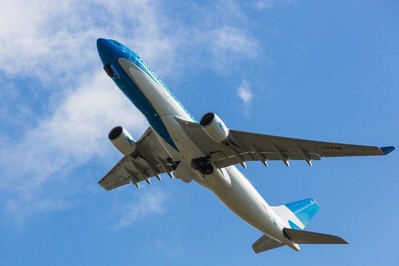 Aerolíneas Argentinas suma vuelos a Asunción por turismo de compras
