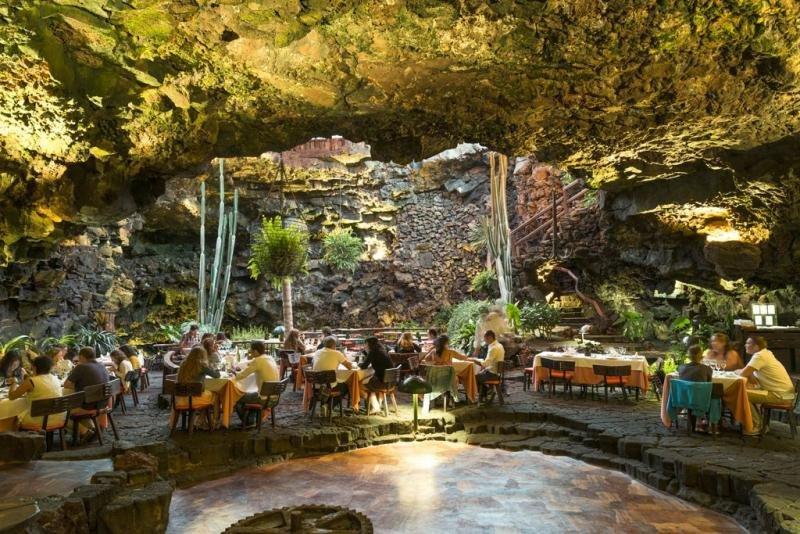 Restaurante de Jameos del Agua. Foto: CACT Lanzarote.
